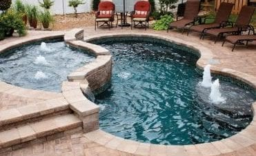 pool builders in des moines